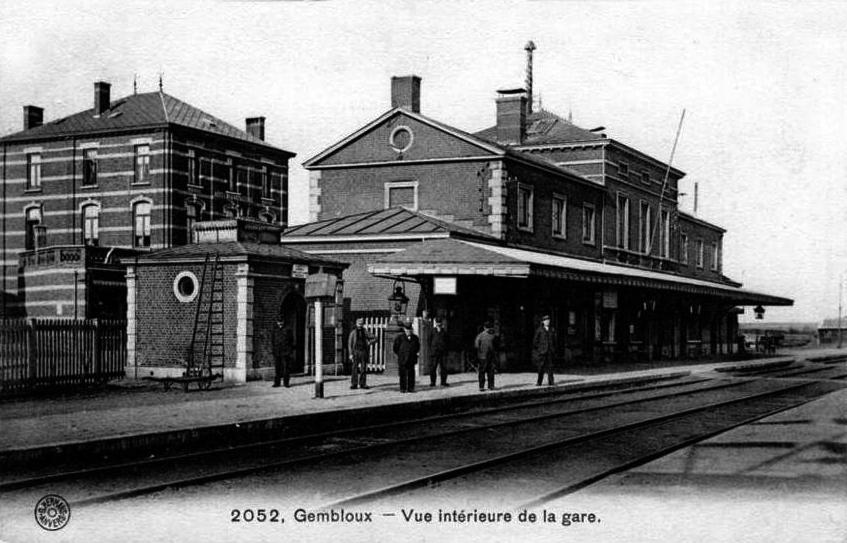 Ancien bâtiment de la gare de Gembloux vers 1900 (détruit en 2010).