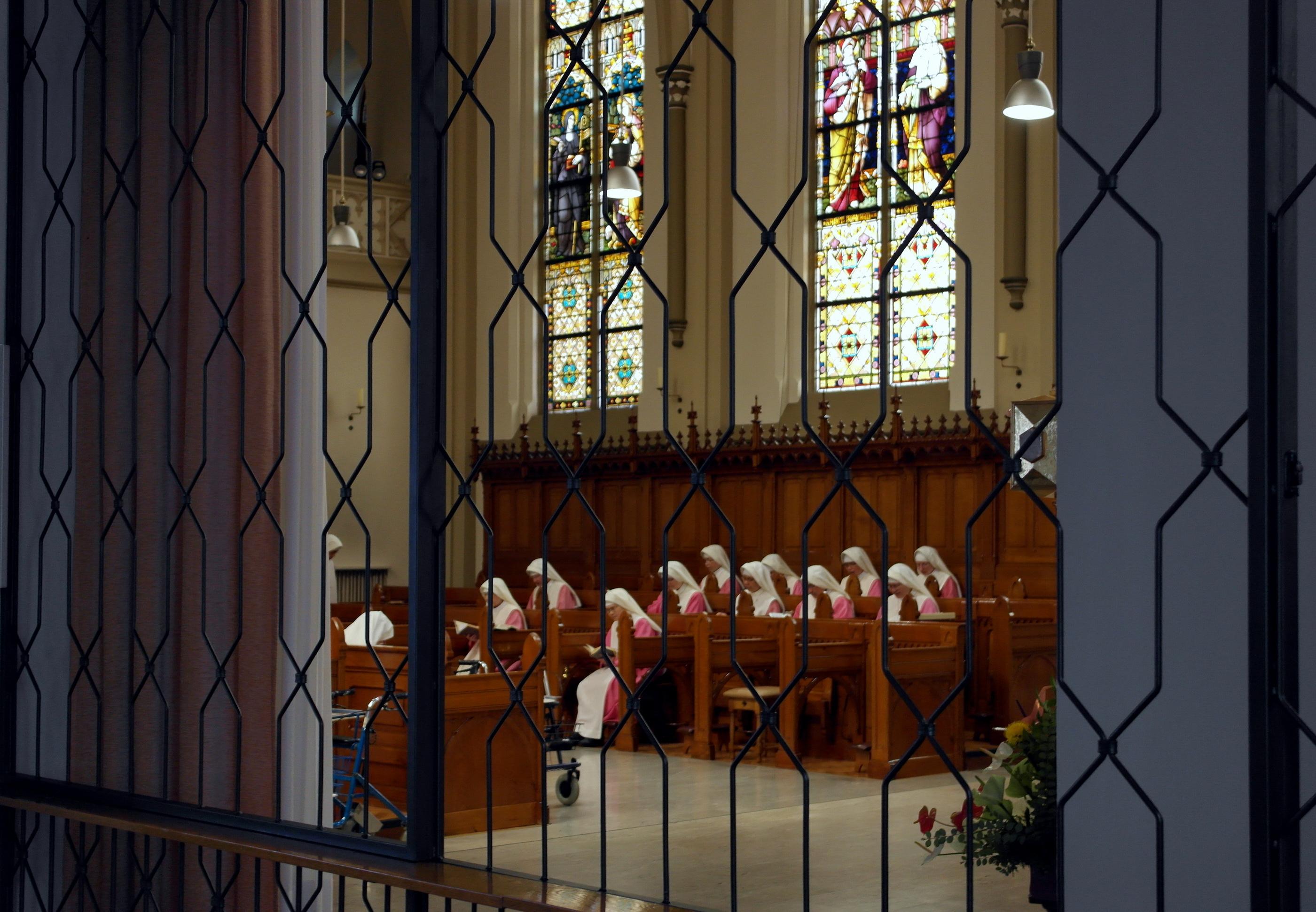 File heilige geestklooster steyl kapel interieur for Interieur wikipedia