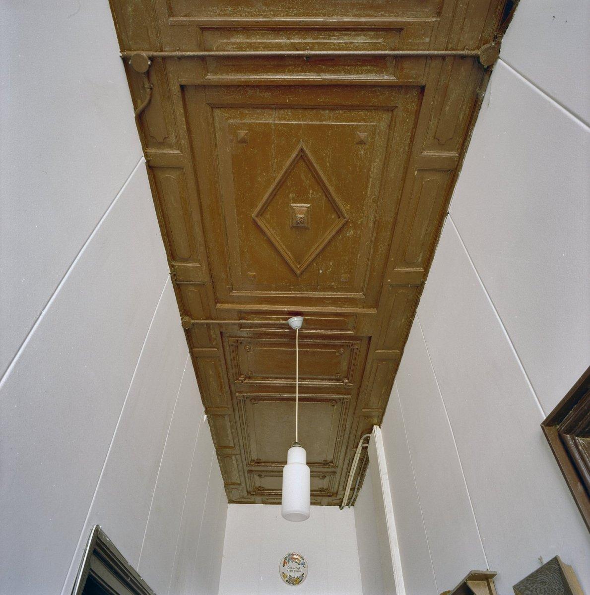 File:Interieur voorhuis, plafond gang - Winterswijk - 20346485 - RCE ...