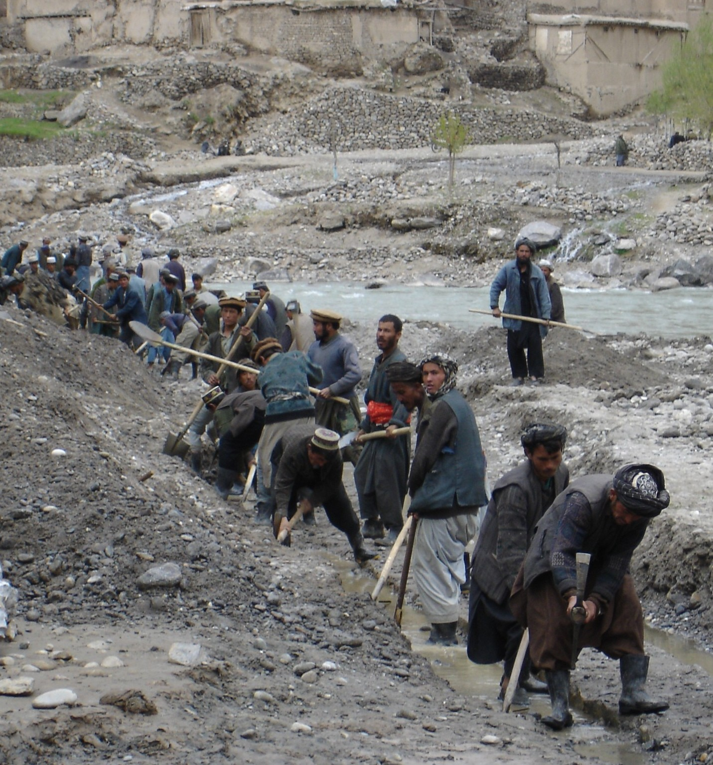 File Irrigation Canal Digging Afghanistan Jpg Wikimedia