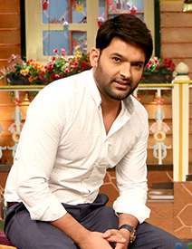 Karan Johar snapped on sets of The Kapil Sharma Show (cropped).jpg