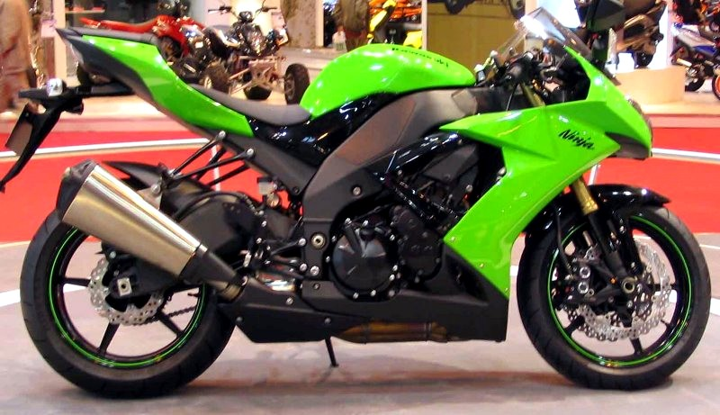 Kawasaki Ninja Zx R Review