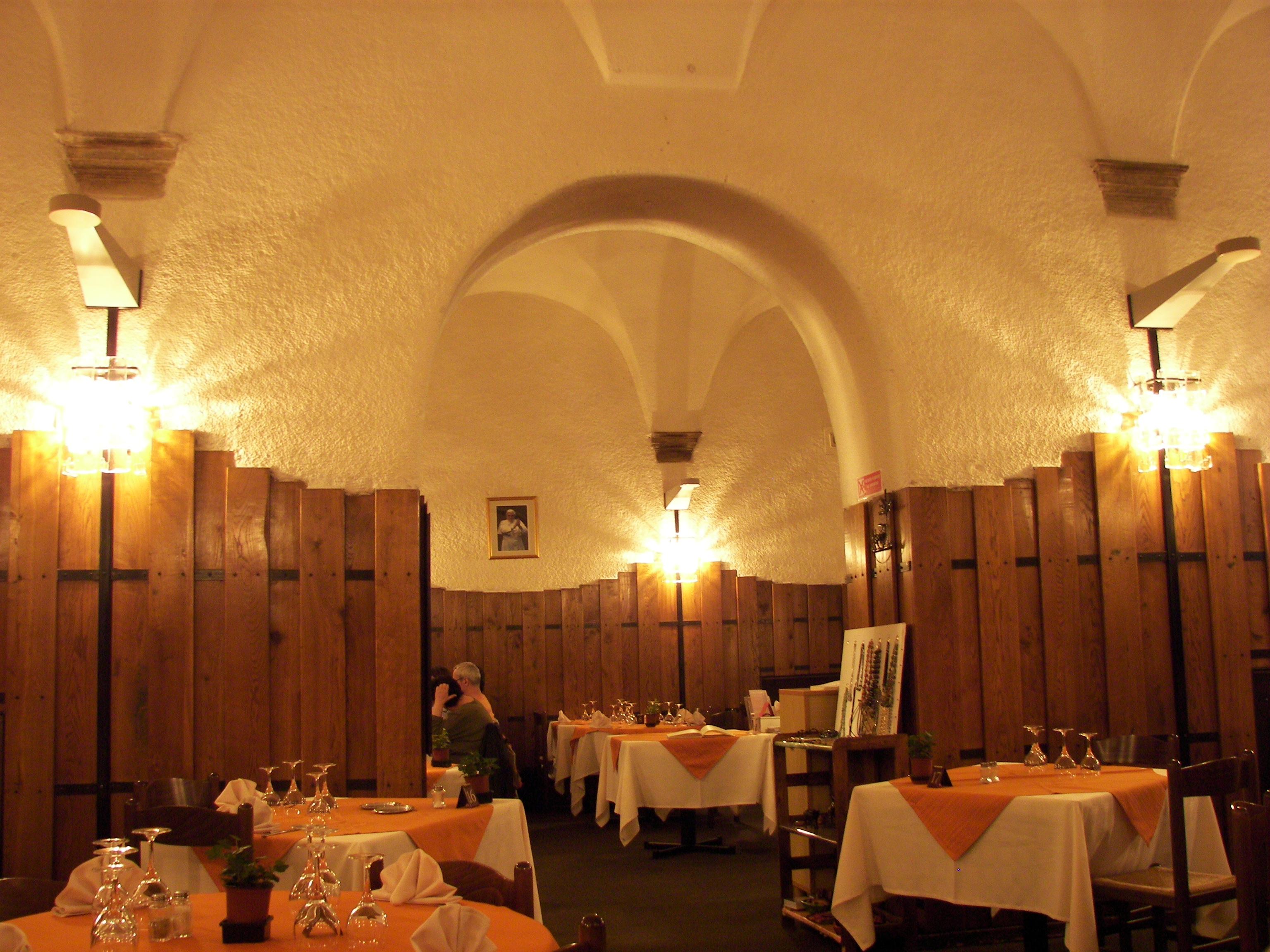 Restaurant L Eau A La Bouche La Ferte St Aubin