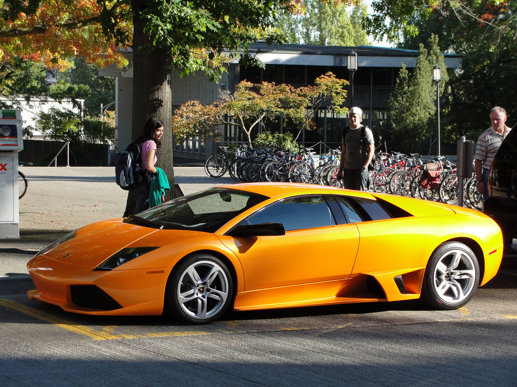 File Lamborghinis On Display At Uw 4048100450 Jpg