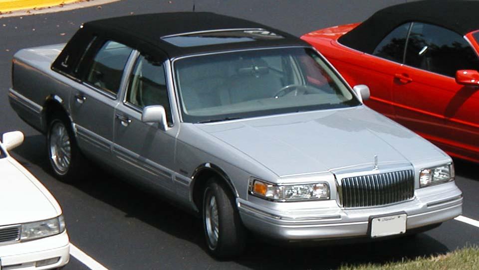Lincoln Town Car Modelo 97 - Fotos de coches - Zcoches