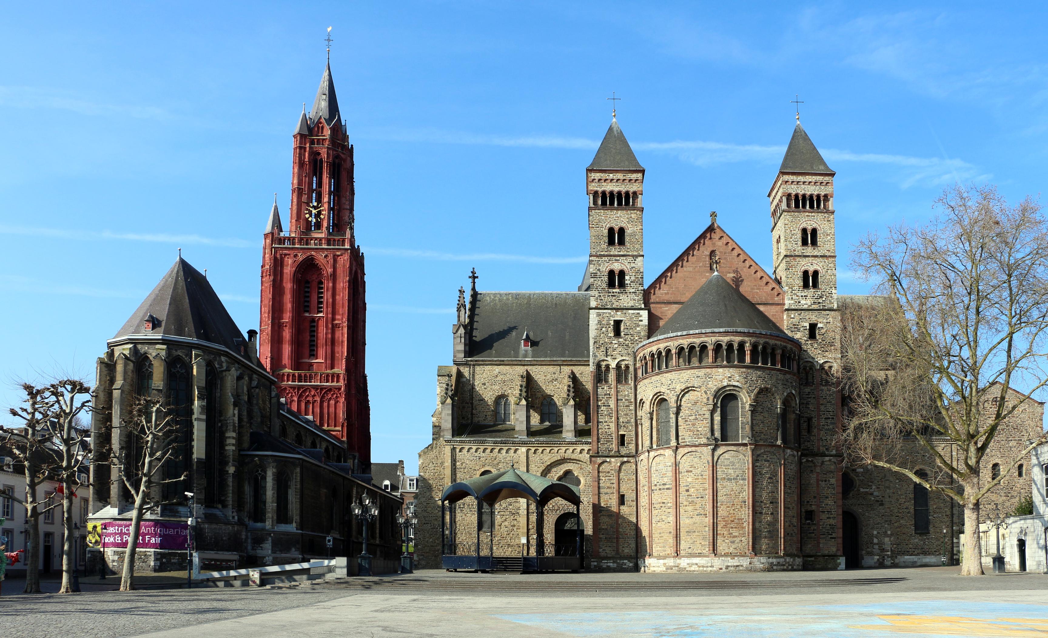 File maastricht basilica di san servazio esterno for Esterno basilica di san marco