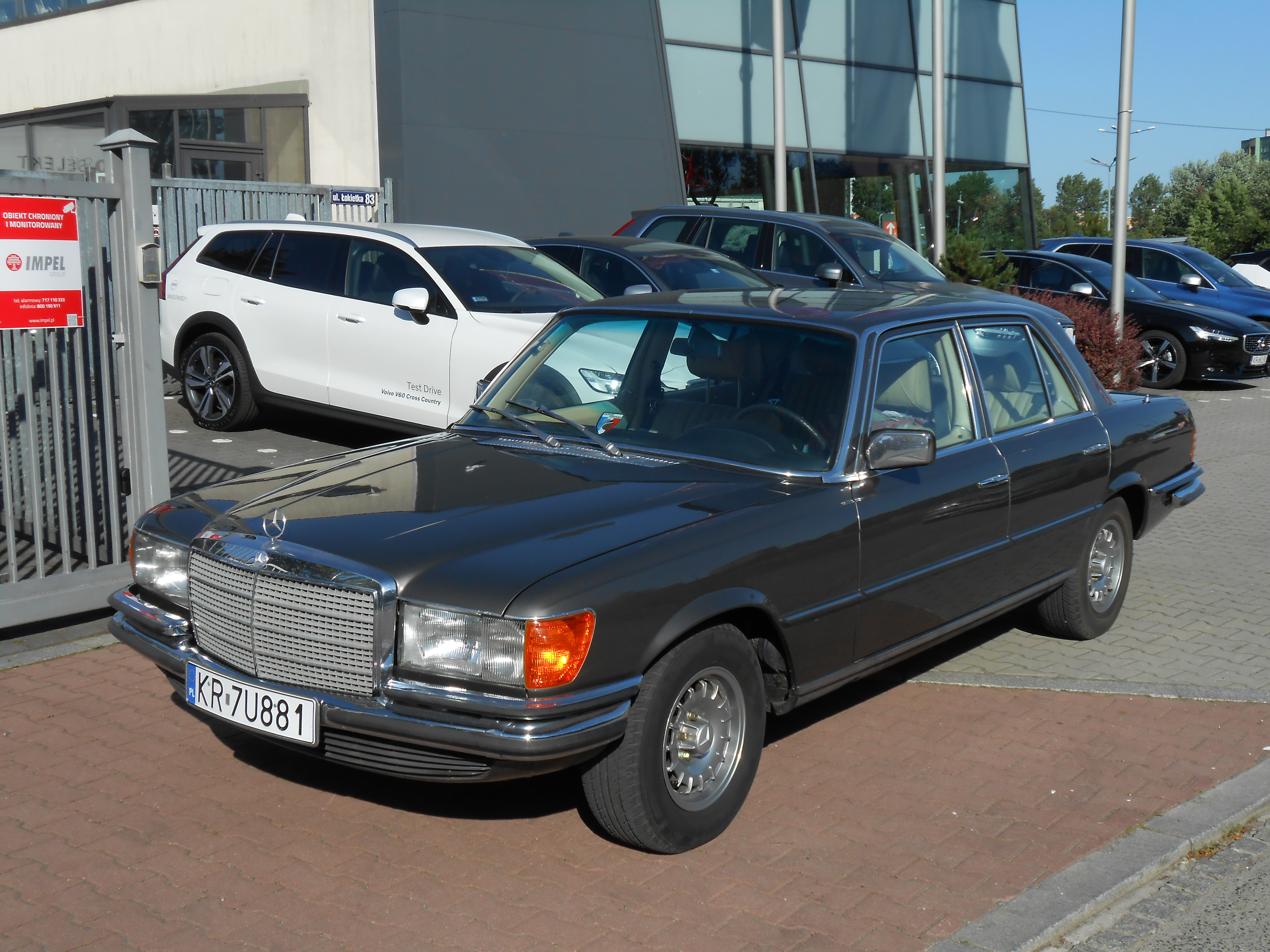 Mercedes-Benz W116 - Wikipedia