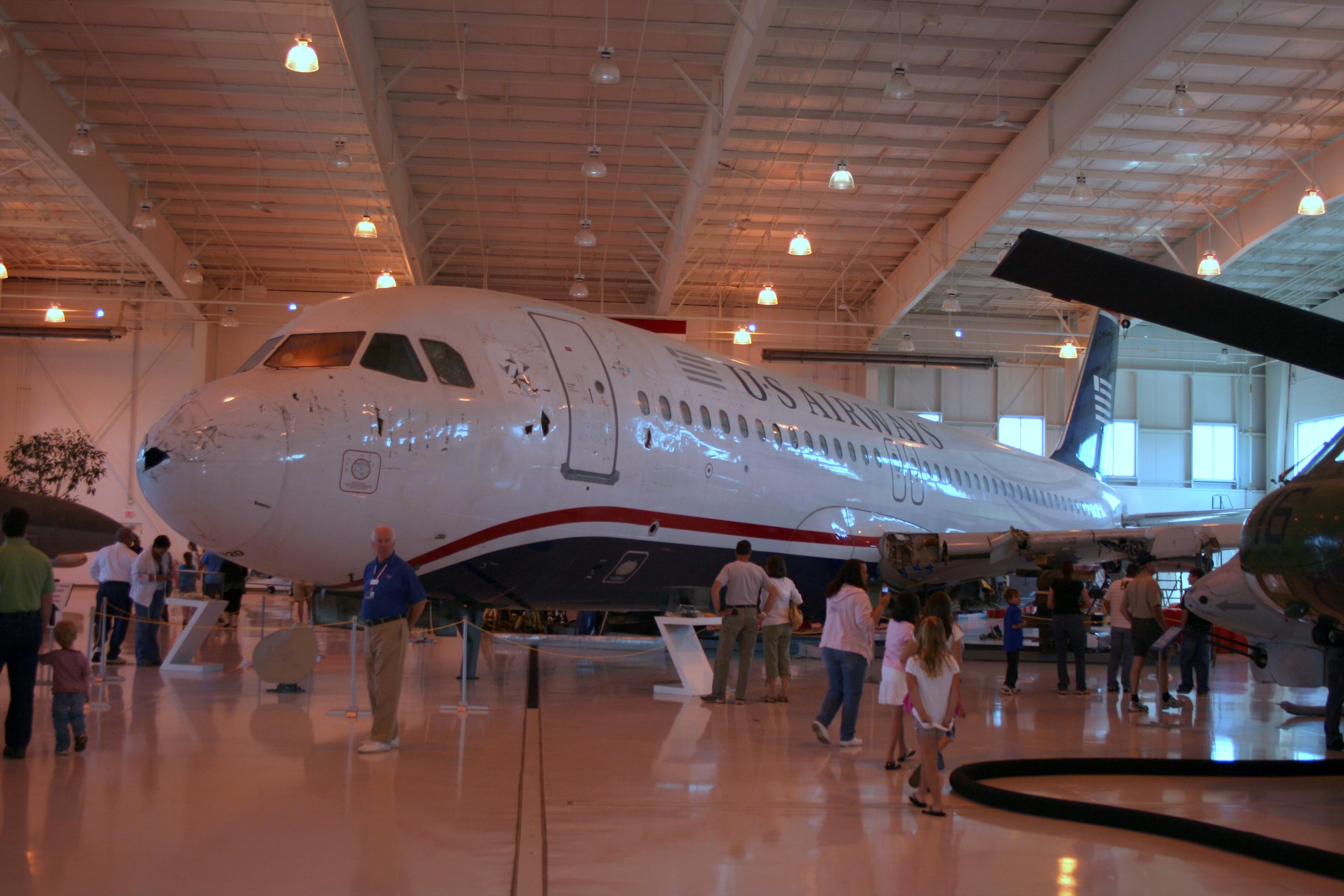 N106US aviation museum.jpg