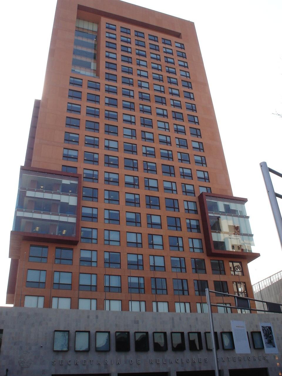 Arquitecto del mes claudiacarolina260190 for Blau hotels oficinas centrales