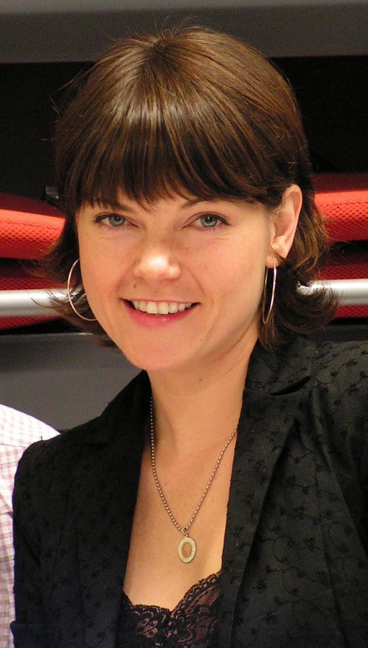 Nicole De Boer - Picture Colection