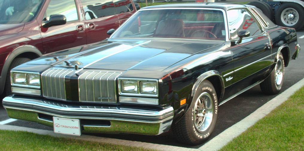 File:Oldsmobile Cutlass Supreme.jpg - Wikimedia Commons