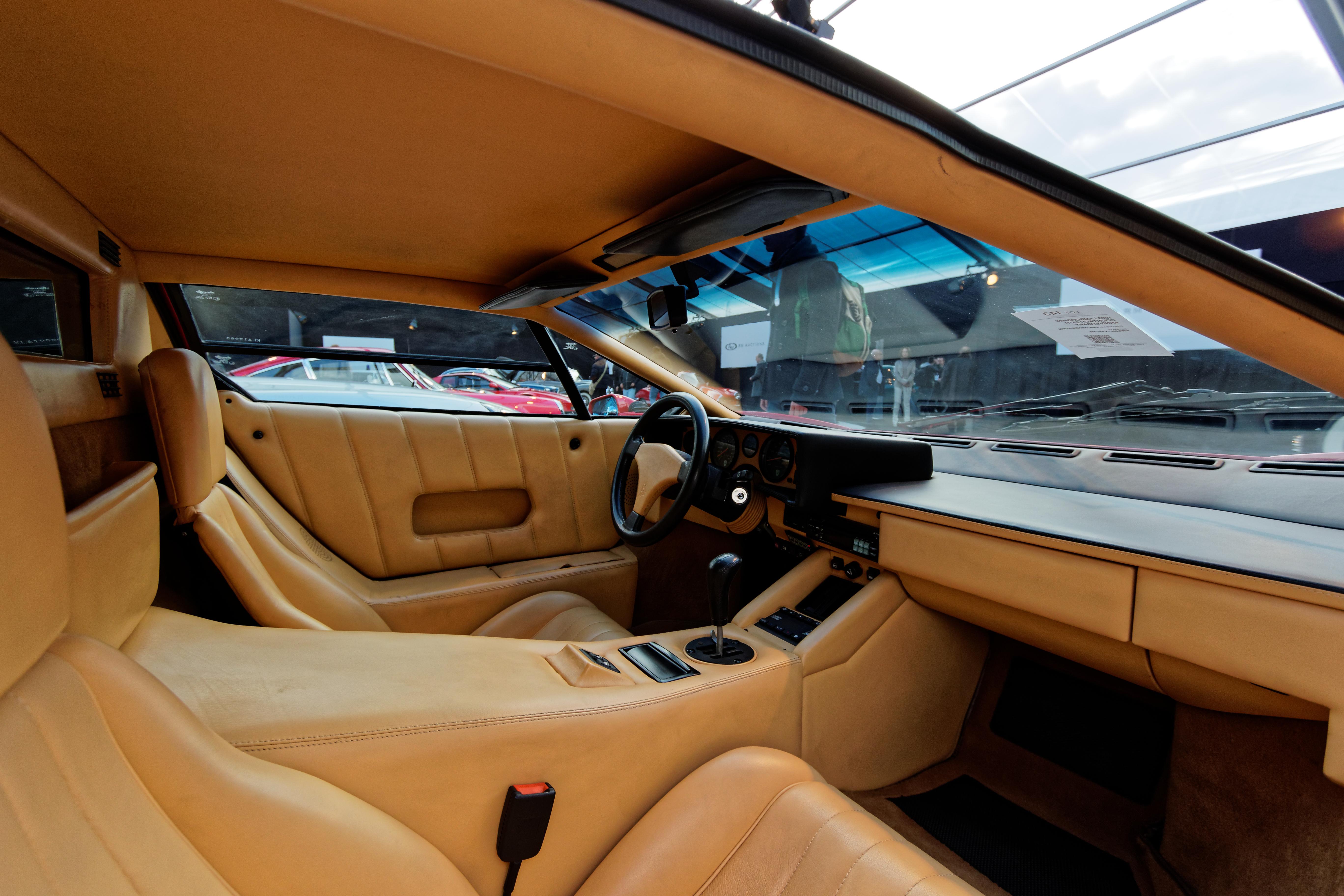 File Paris Rm Auctions 20150204 Lamborghini Countach 25th