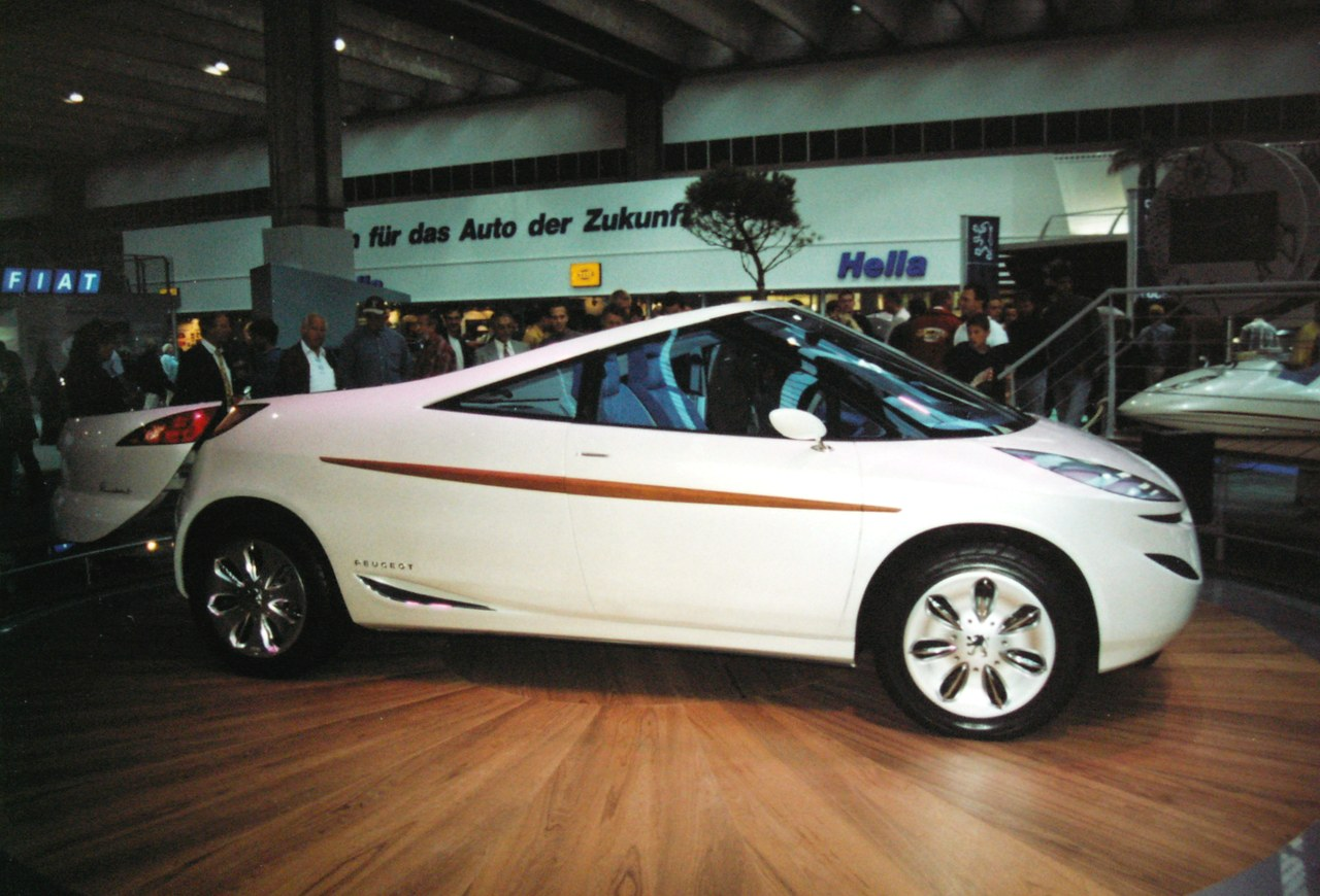 file:peugeot 806 runabout concept 1997 1 - wikimedia commons