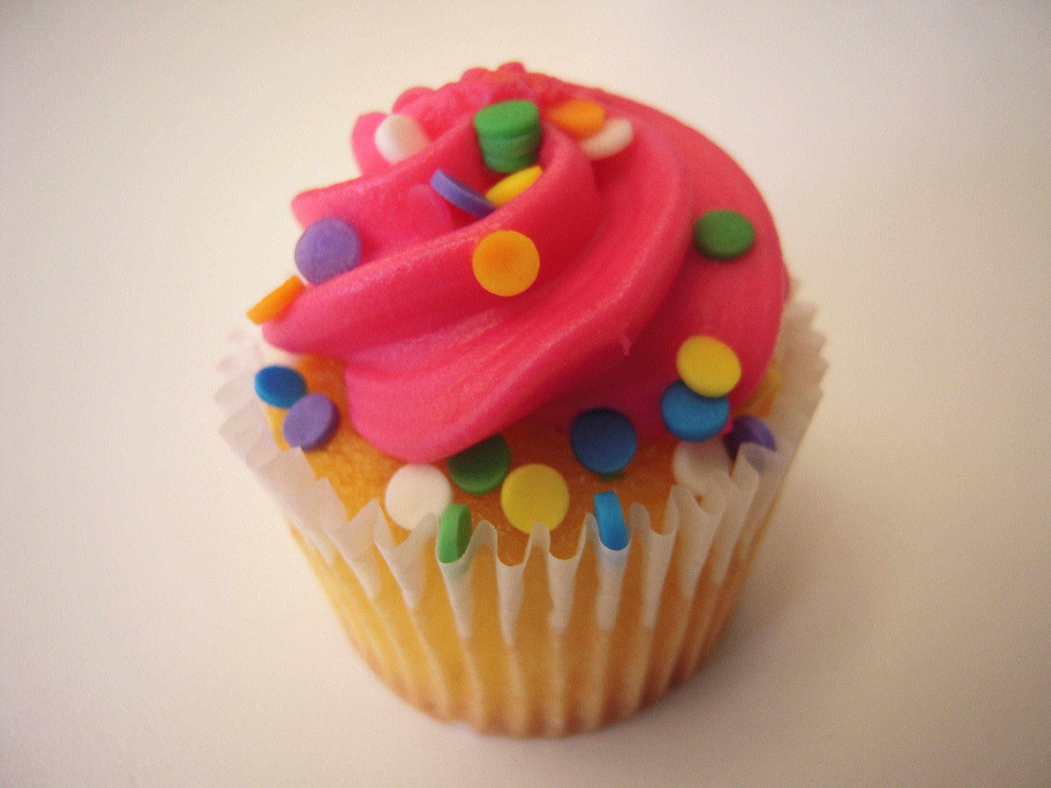 Image Cupcake Cake