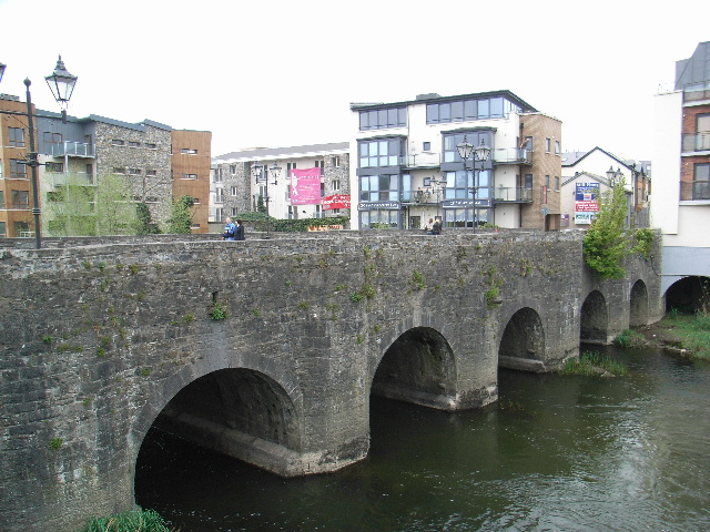 File:Poolboy Bridge, Navan - geograph.org.uk - 412366.jpg