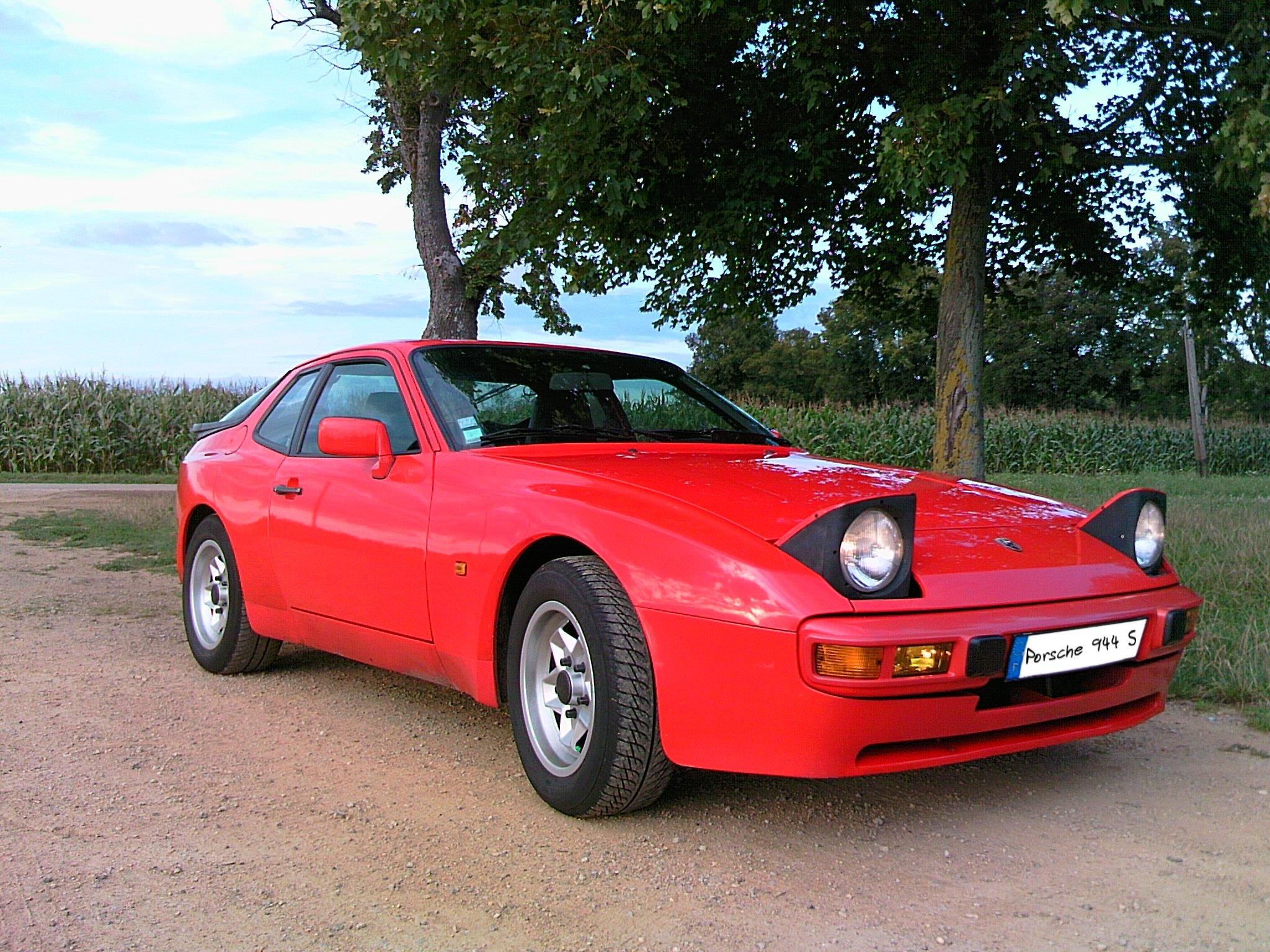 File Porsche 944s 3 Quart Avant Jpg Wikimedia Commons
