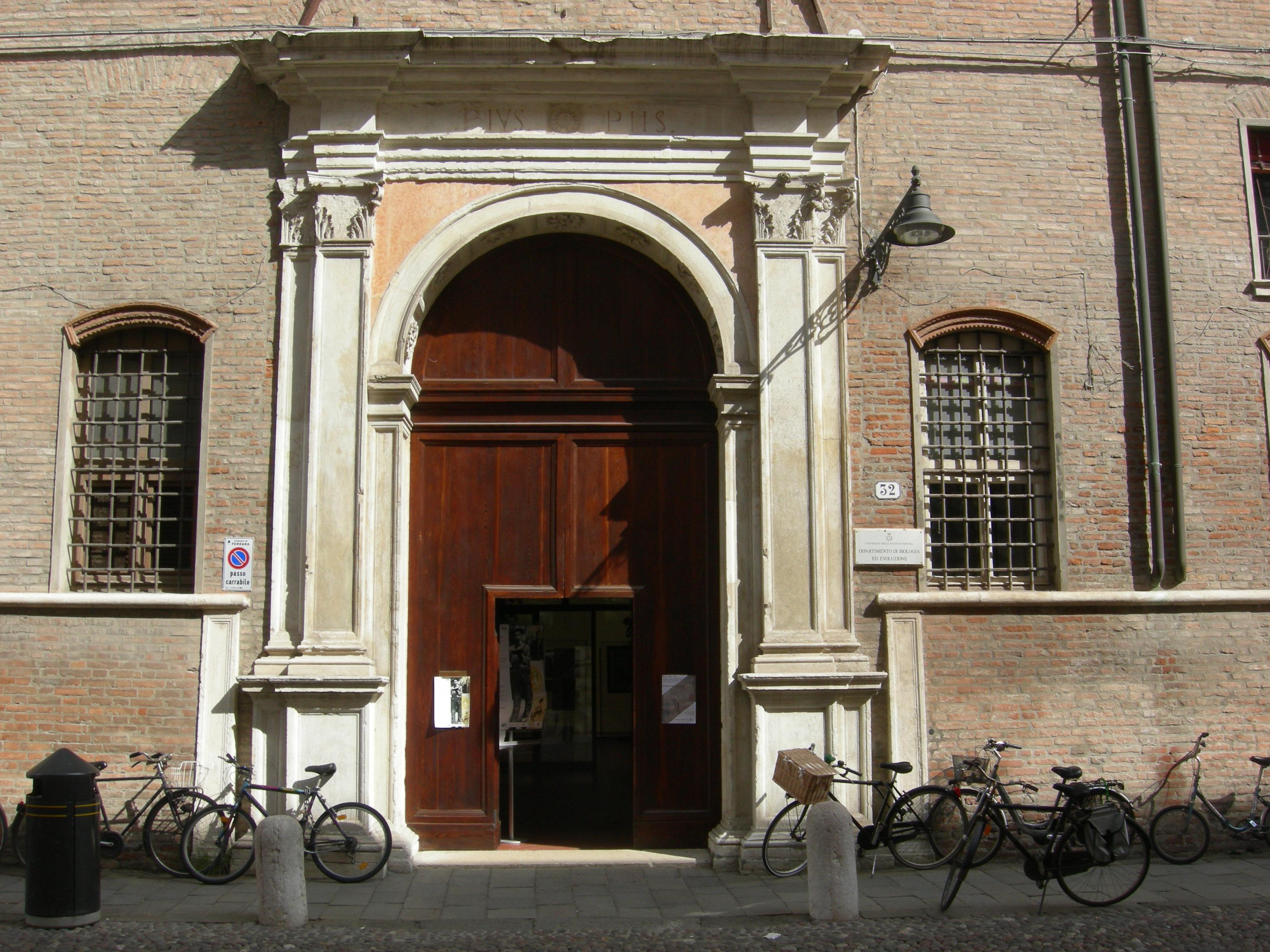 File:Portale palazzo Turchi di Bagno Ferrara.JPG - Wikimedia Commons