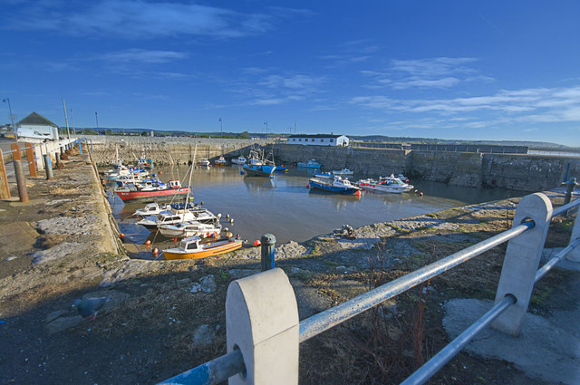 Porthcawl Harbour - geograph.org.uk - 1605604
