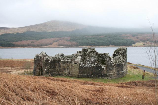 Remains of Loch Doon castle, as relocated today - geograph.org.uk - 936512