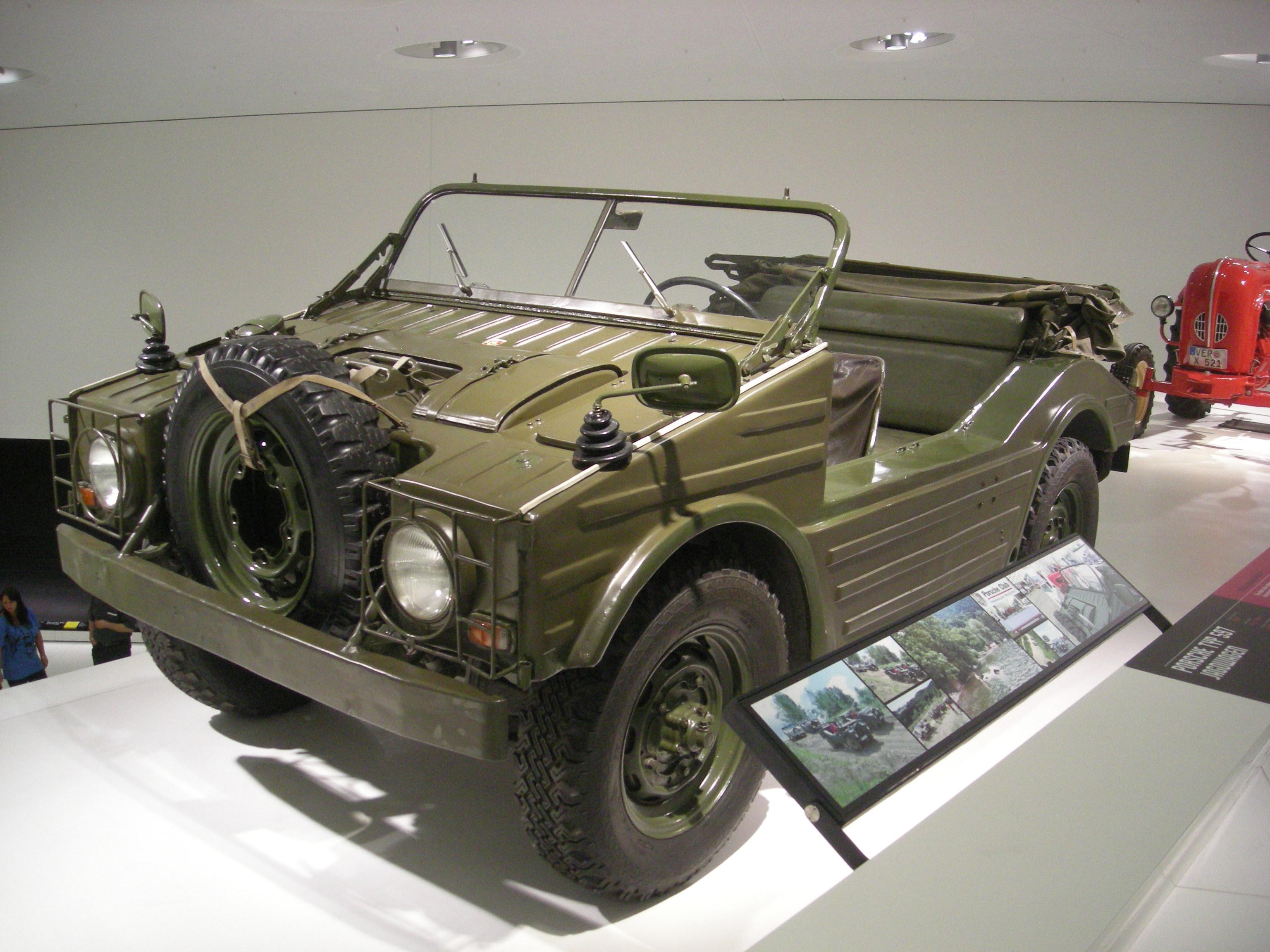 File:Stuttgart Jul 2012 74 (Porsche Museum - 1956 Porsche ...