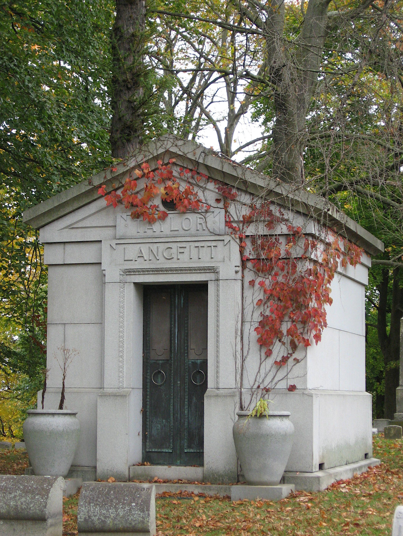 Taylor-Langfitt mausoleum