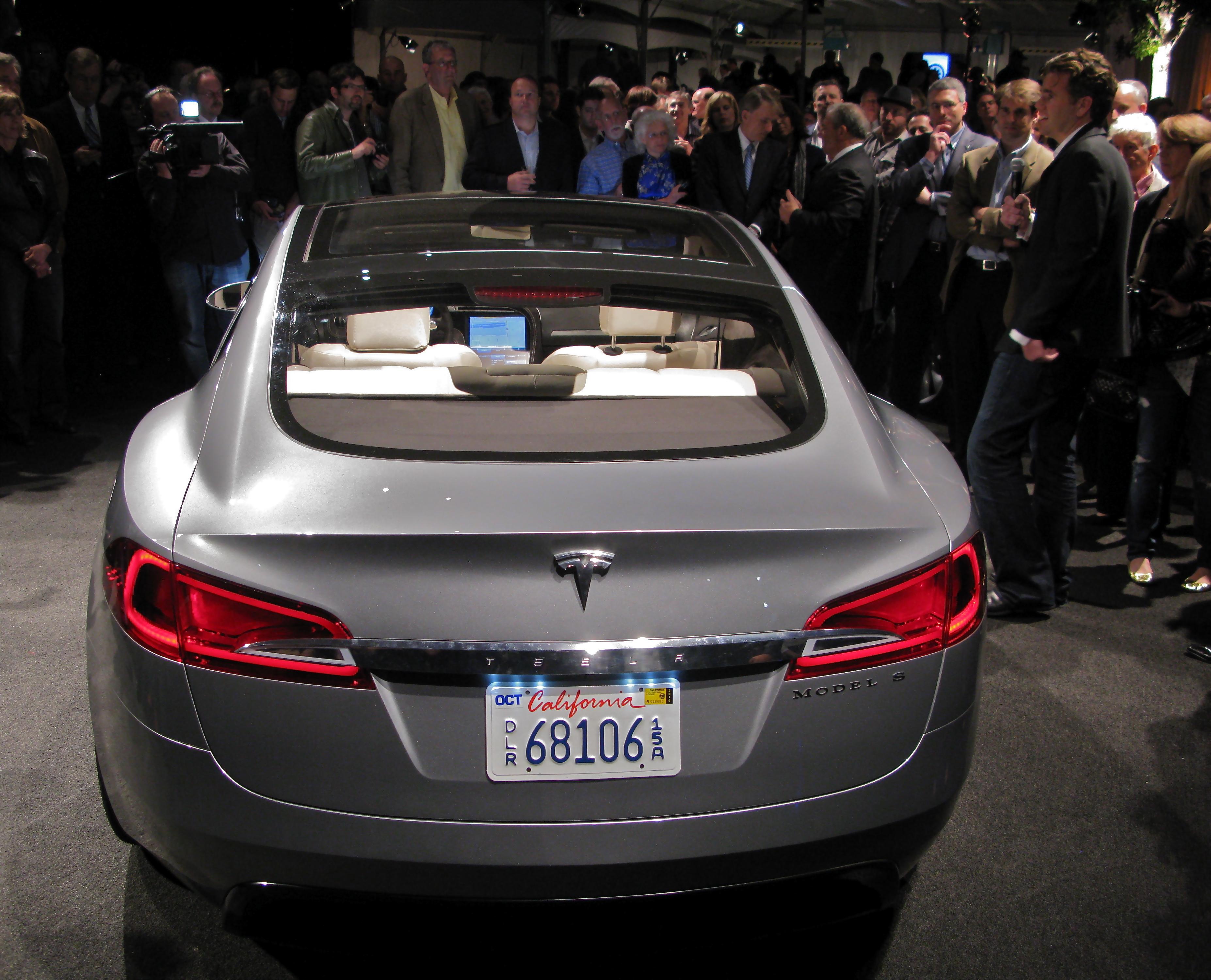Model Y Wikipedia: File:Tesla S Rear View.jpg