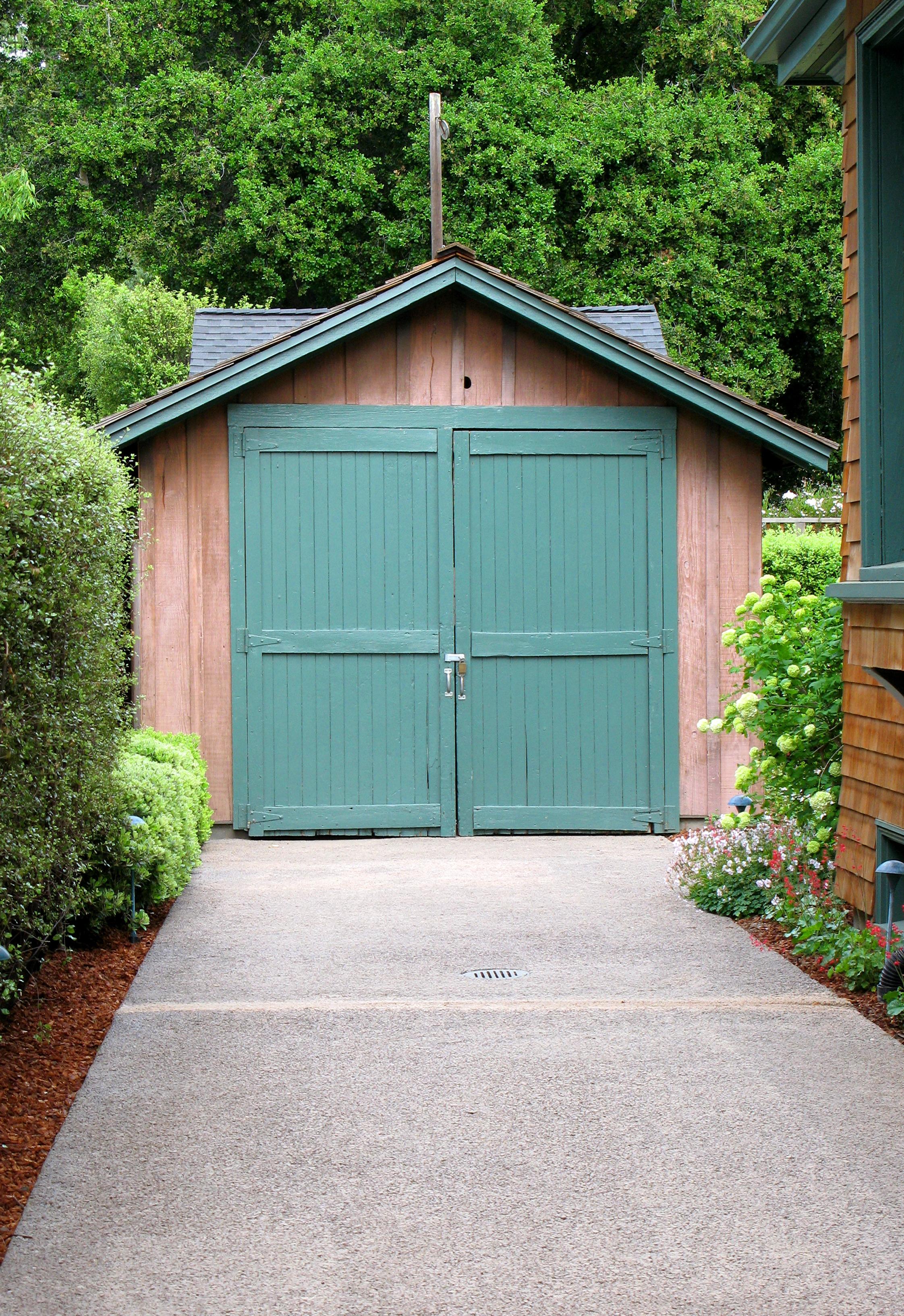 File:The HP garage in Palo Alto, California, April 2009 ...