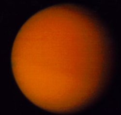 Titan moon (small).jpg