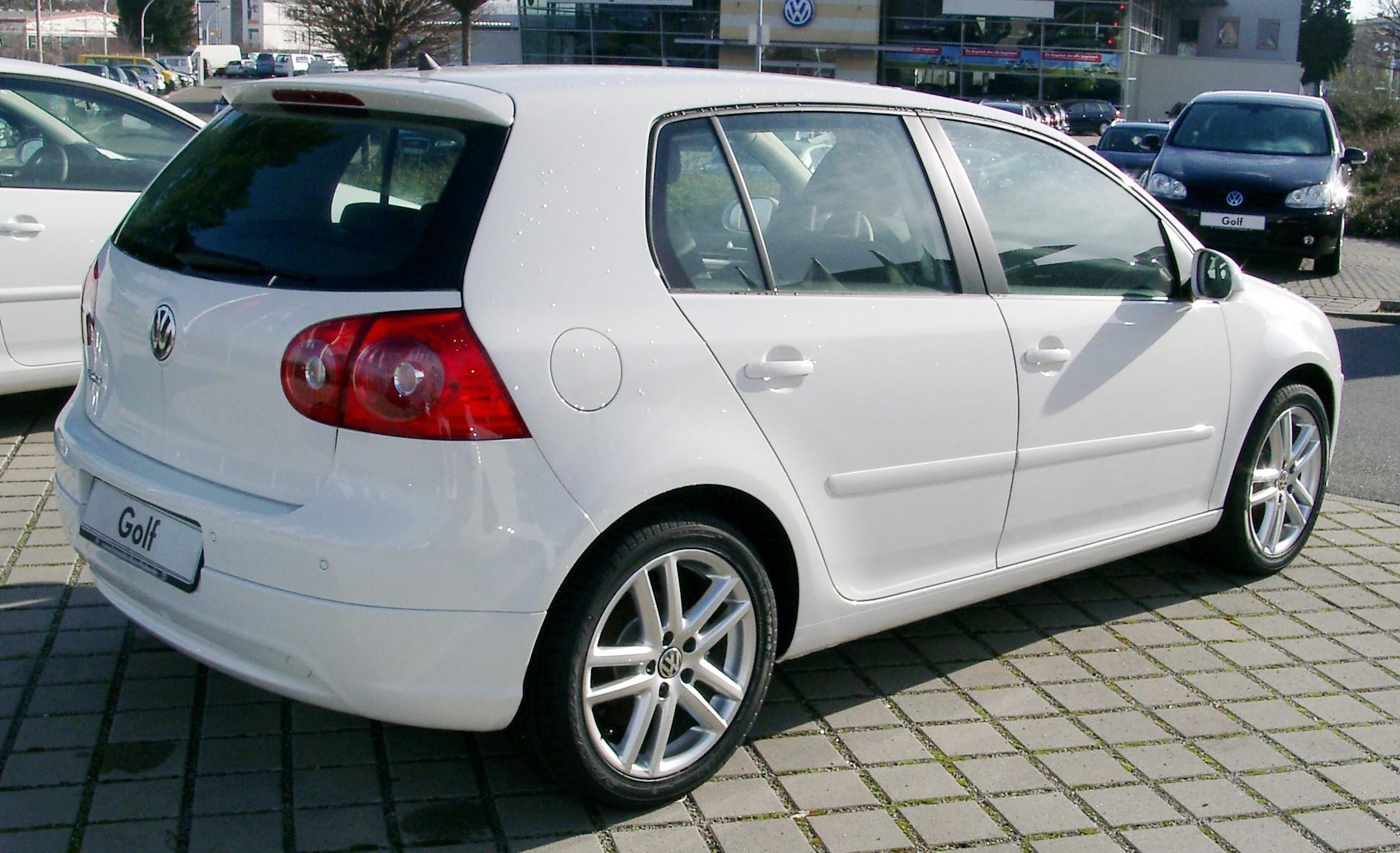 Description VW Golf V rear 20080123.jpg