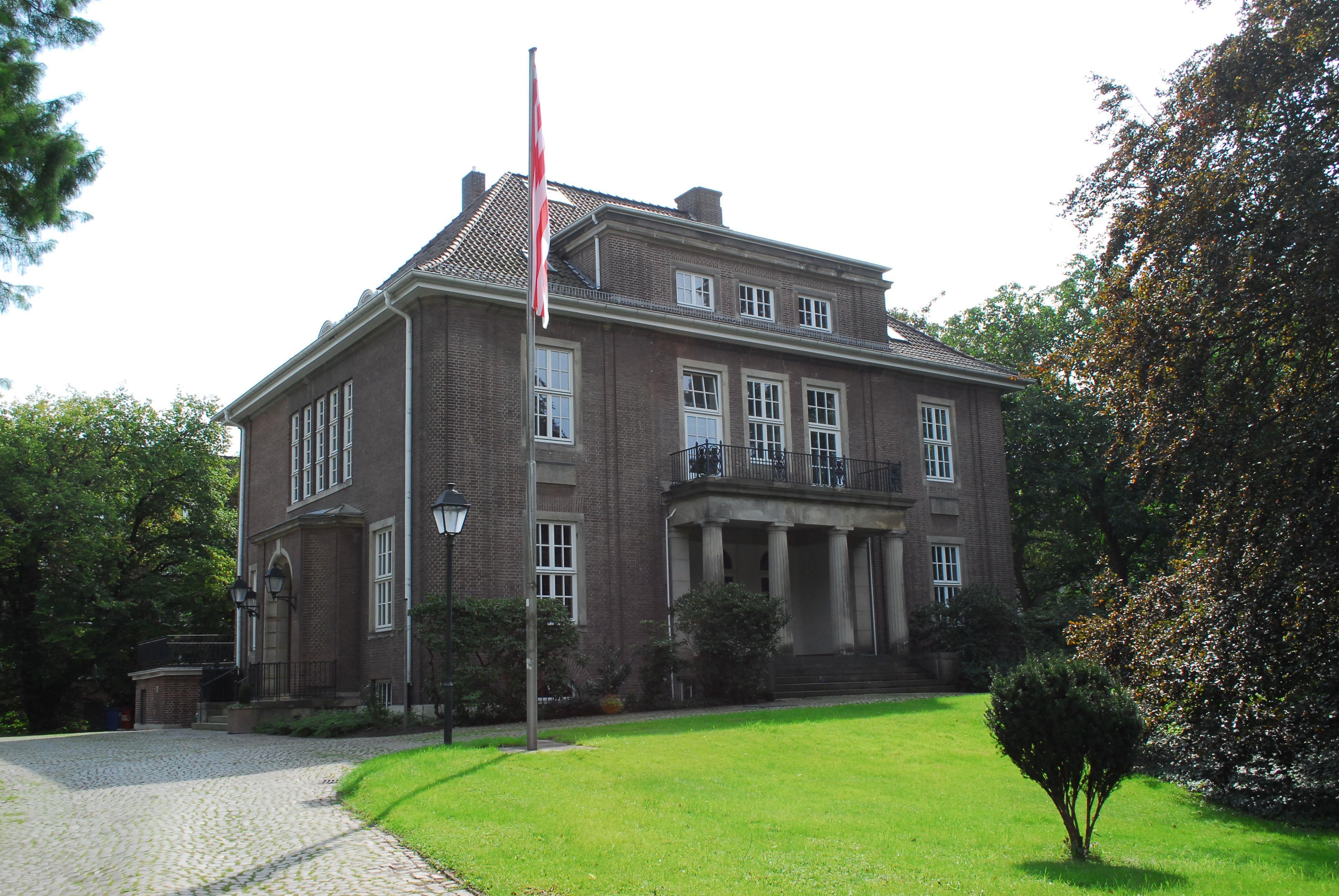 File:Villa Schütte in Bremen, Schwachhauser Heerstraße 67..JPG ...