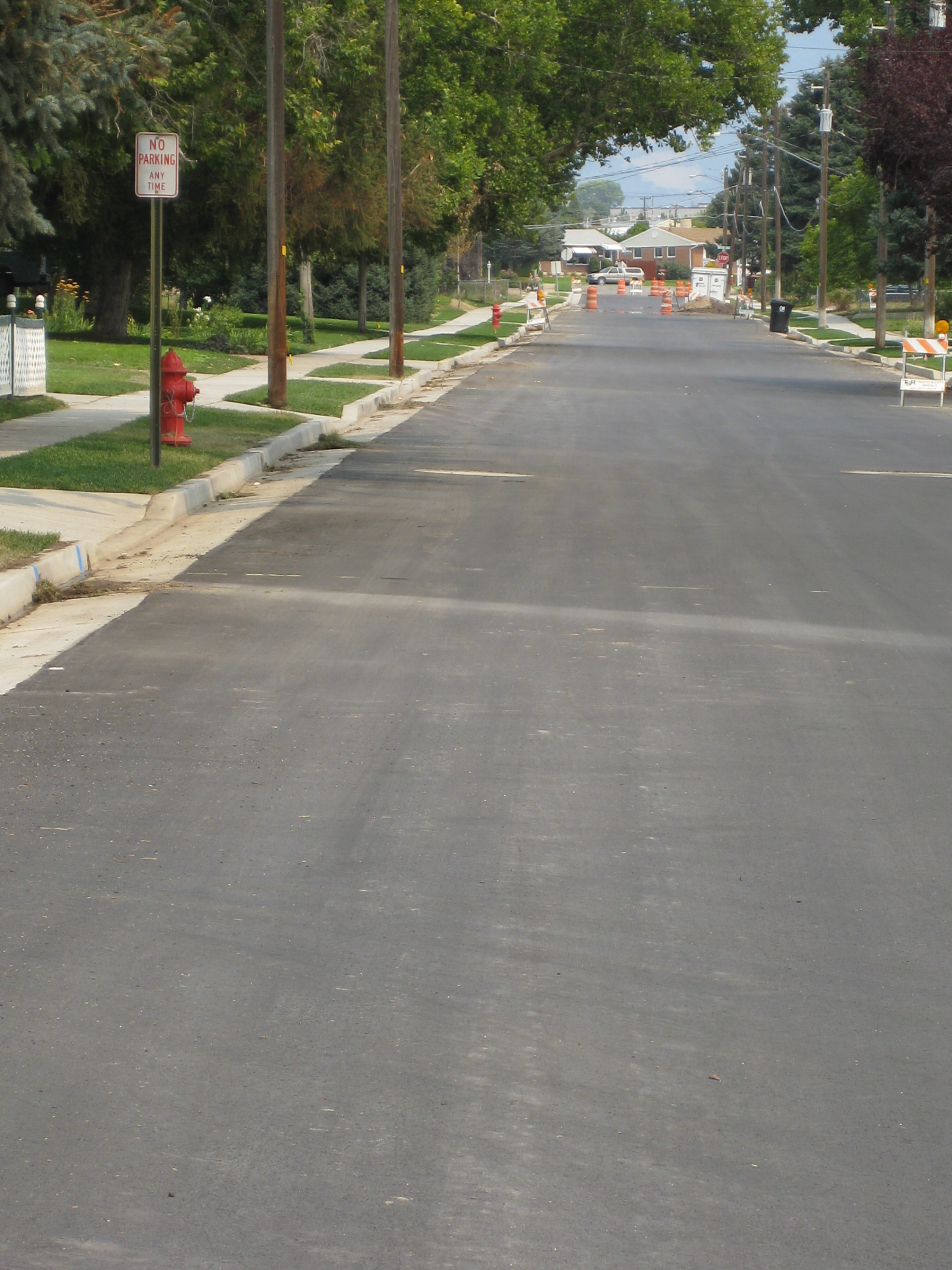 File 100 North Newly Constructed Road Curb Gutter Jpg