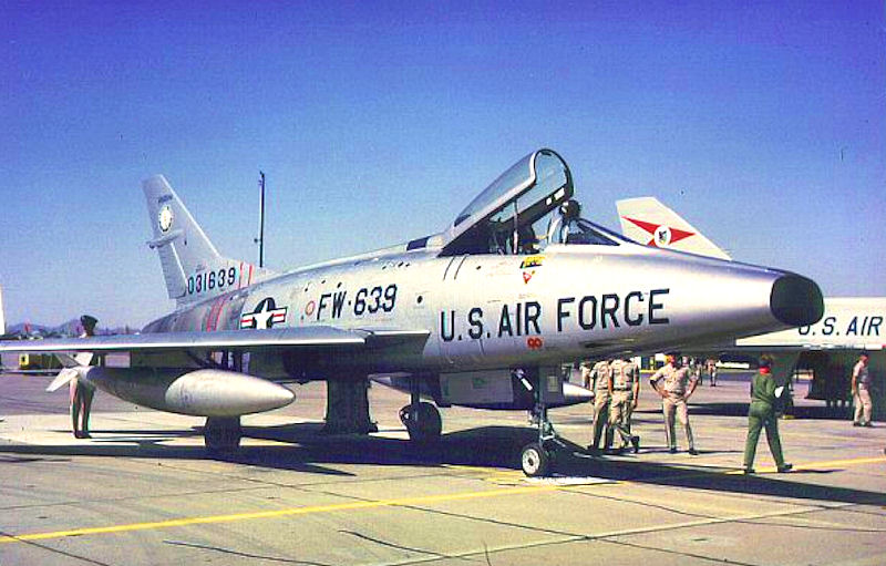 File:152d Fighter-Interceptor Squadron - F-100A 53-1639.jpg