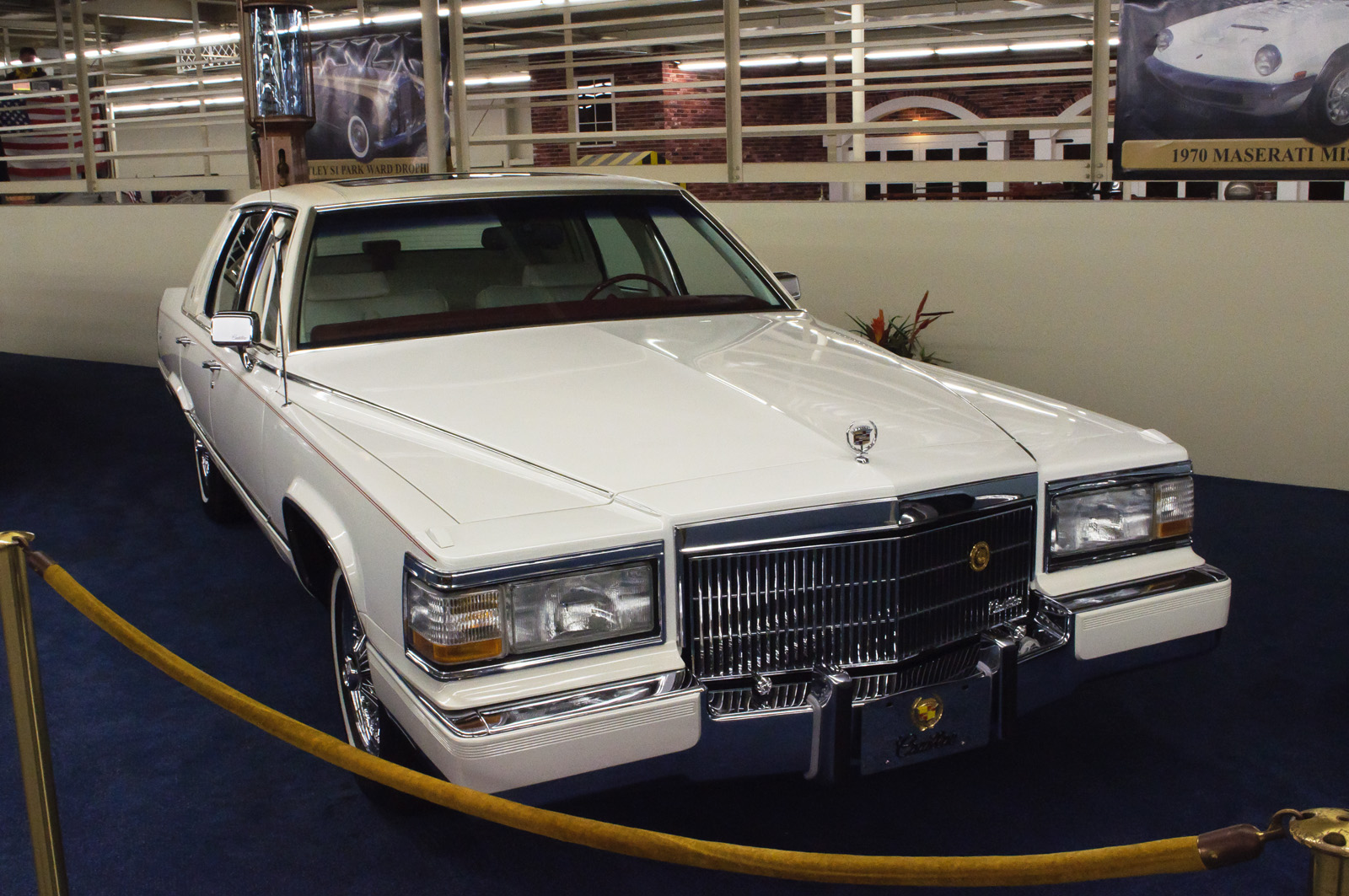 File 1990 Cadillac Brougham Delegance Us 8391188884 Jpg Wikimedia Commons