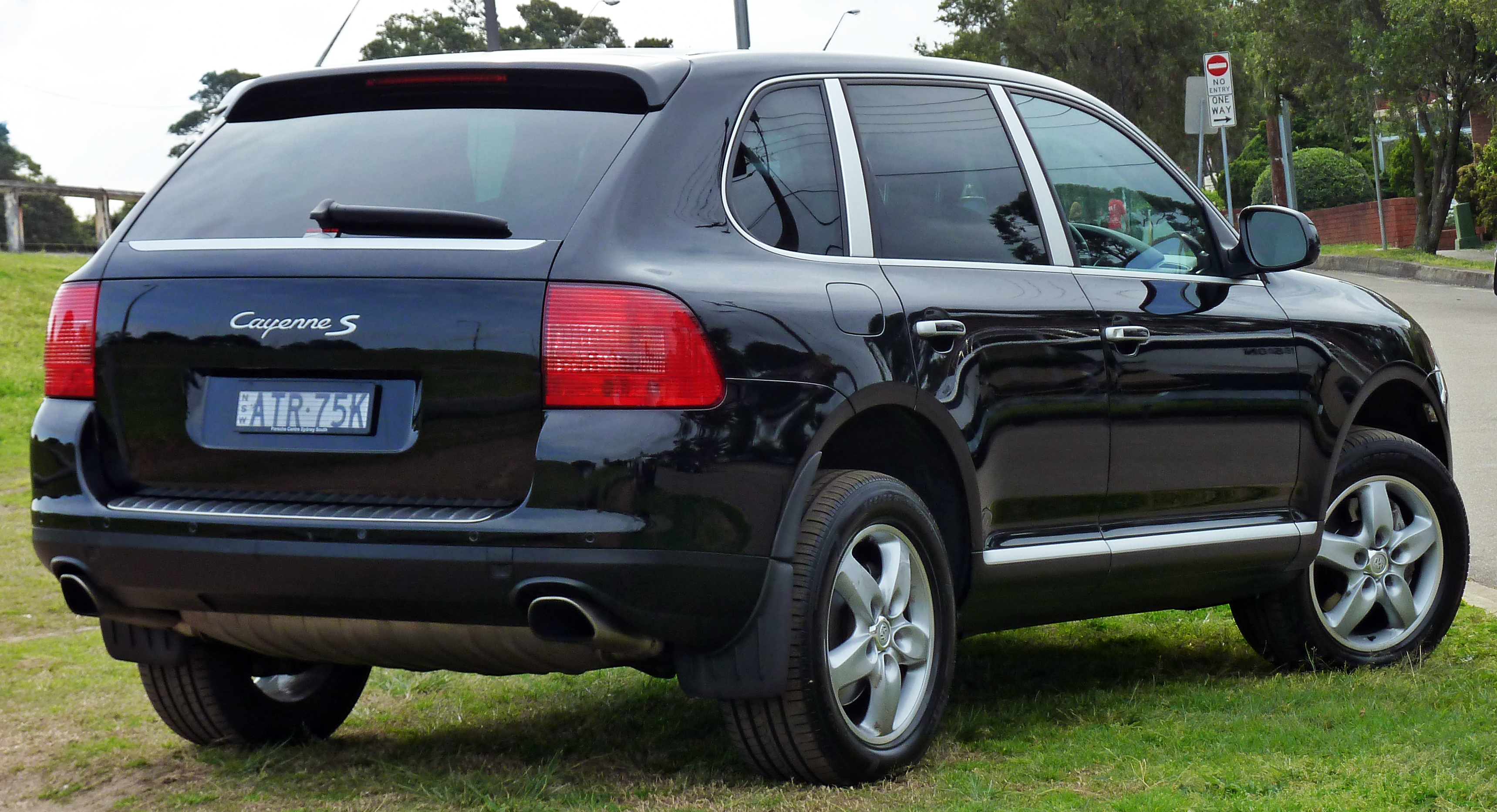 file 2003 2006 porsche cayenne 9pa s wagon wikimedia commons. Black Bedroom Furniture Sets. Home Design Ideas