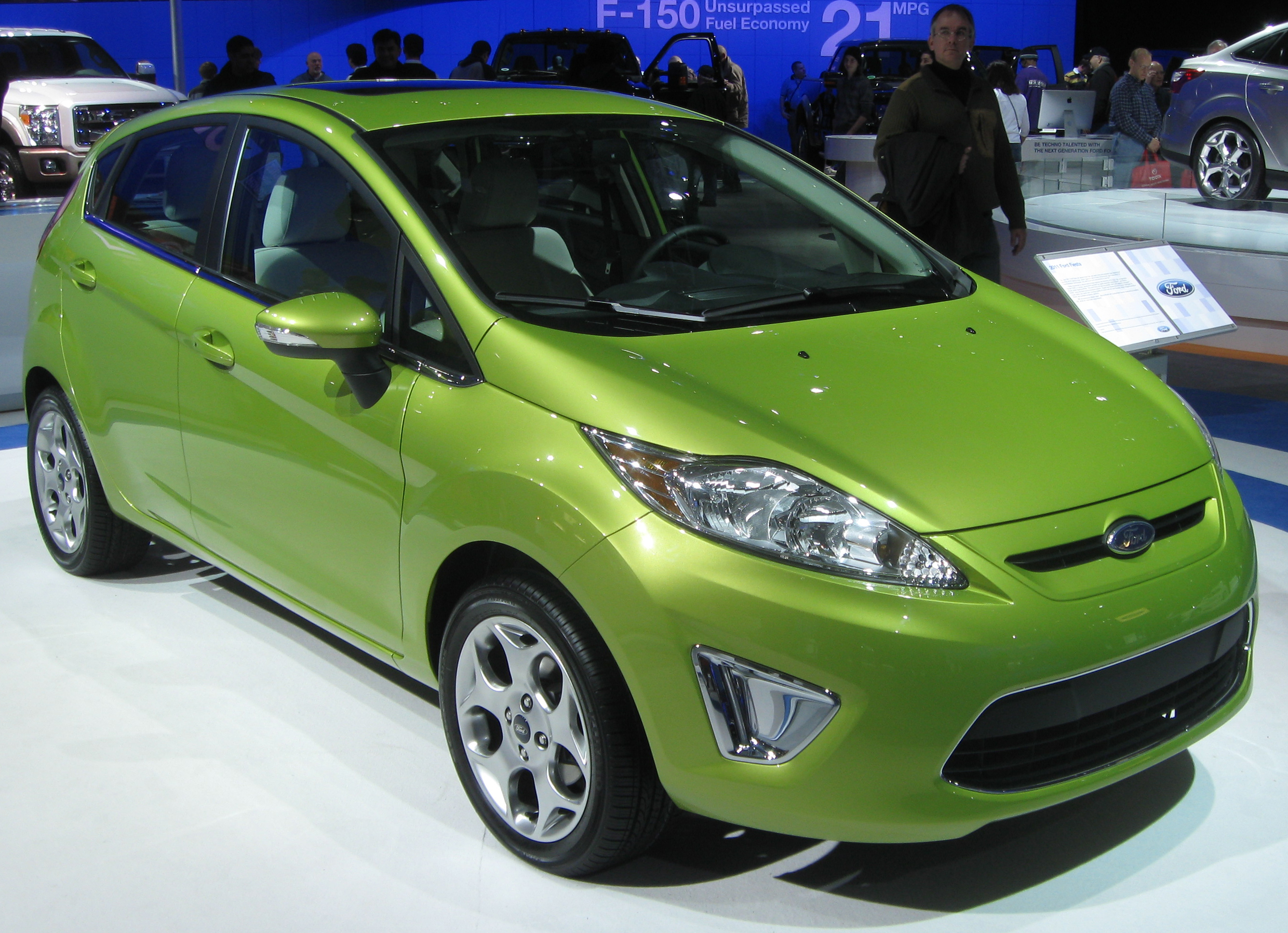 File 2011 Ford Fiesta Ses Hatch Front 2010 Dc Jpg