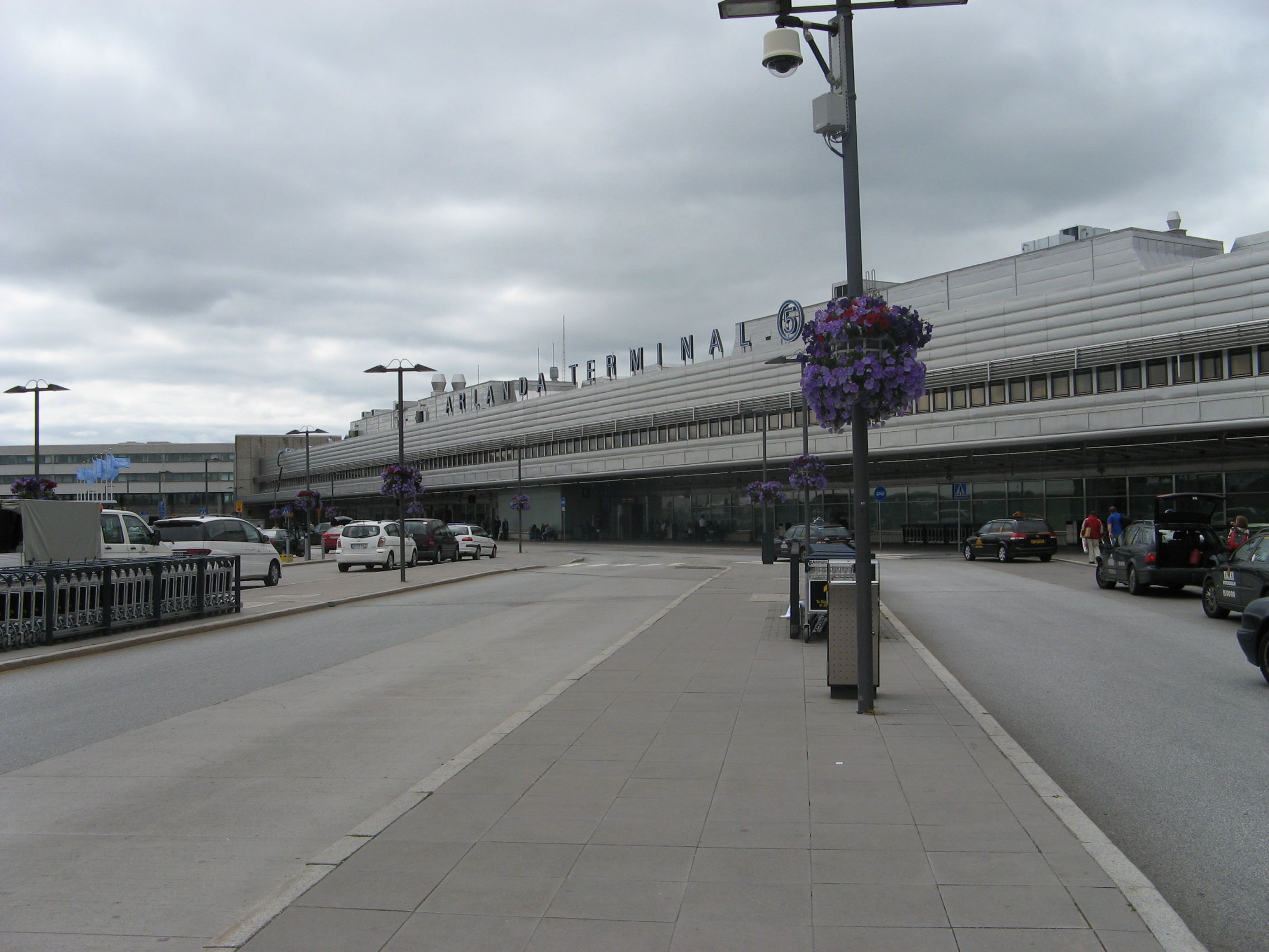 Arlanda Sweden  city pictures gallery : Aéroport d'Arlanda Stockholm0360 Wikipedia, the free ...