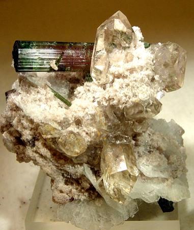 File:Albite-Lepidolite-Quartz-rlmxt39a.jpg