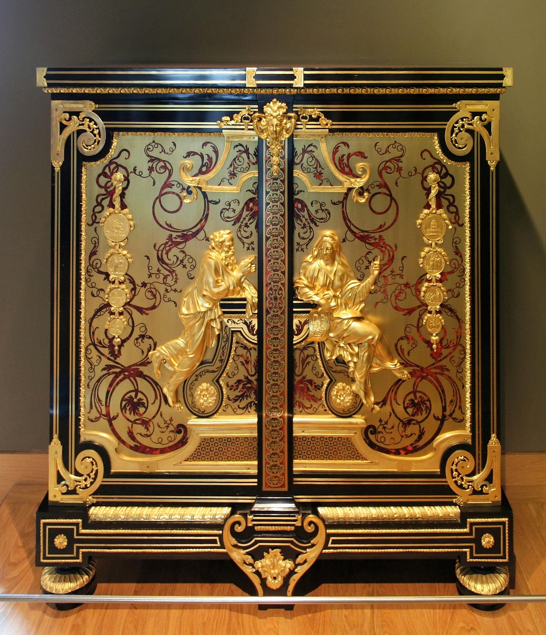 FileArmoire louvreJPG  Wikimedia Commons -> Armoire De Salon