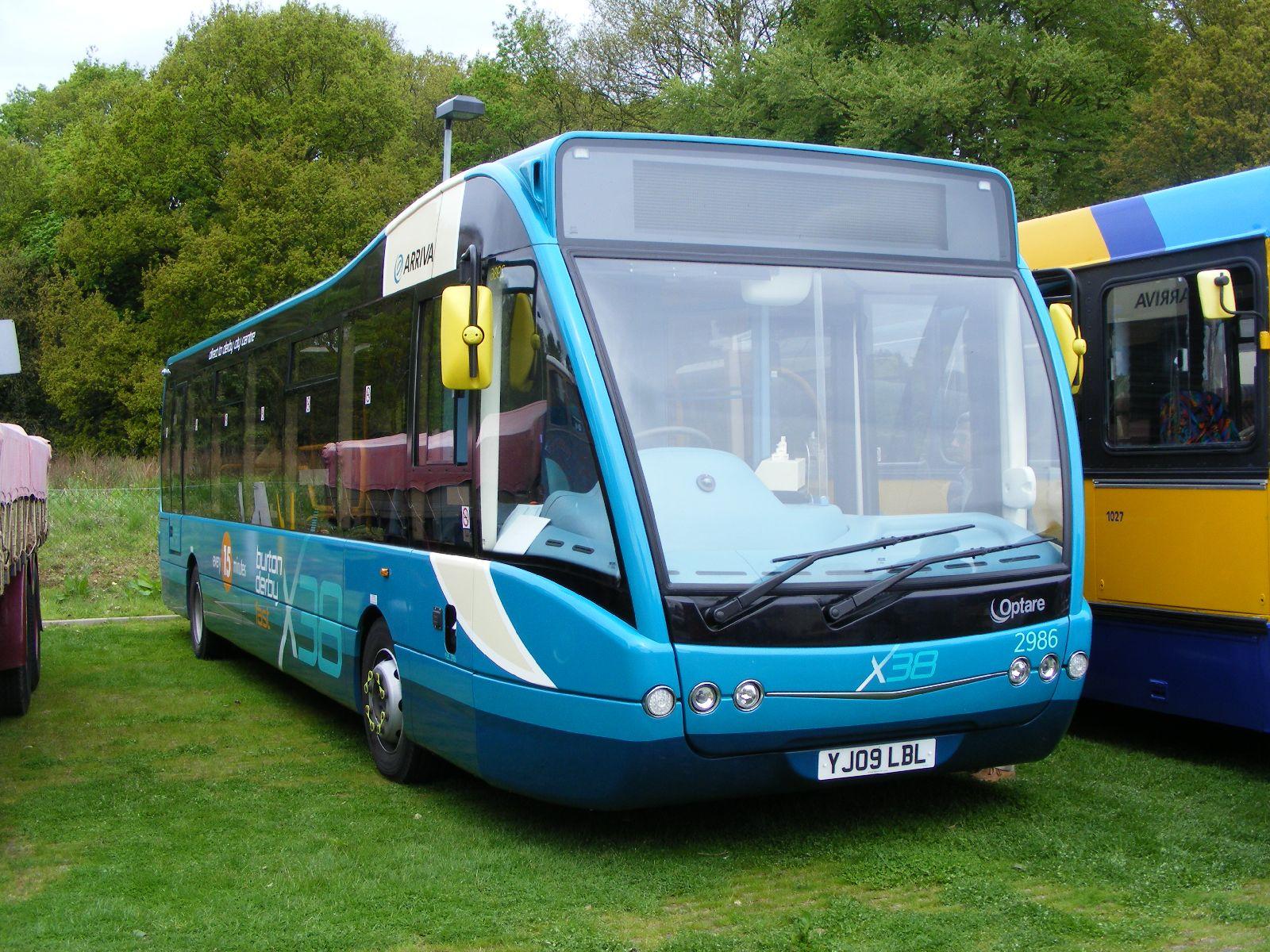 Arriva_bus_2986_%28YJ09_LBL%29%2C_2009_POPS_bus_rally