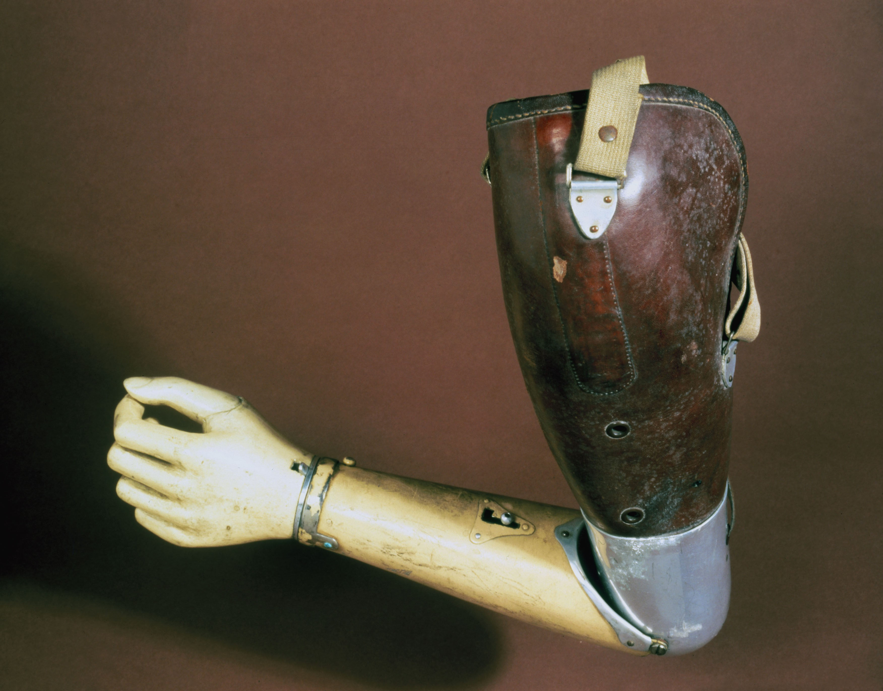 how to clean prosthetic arm