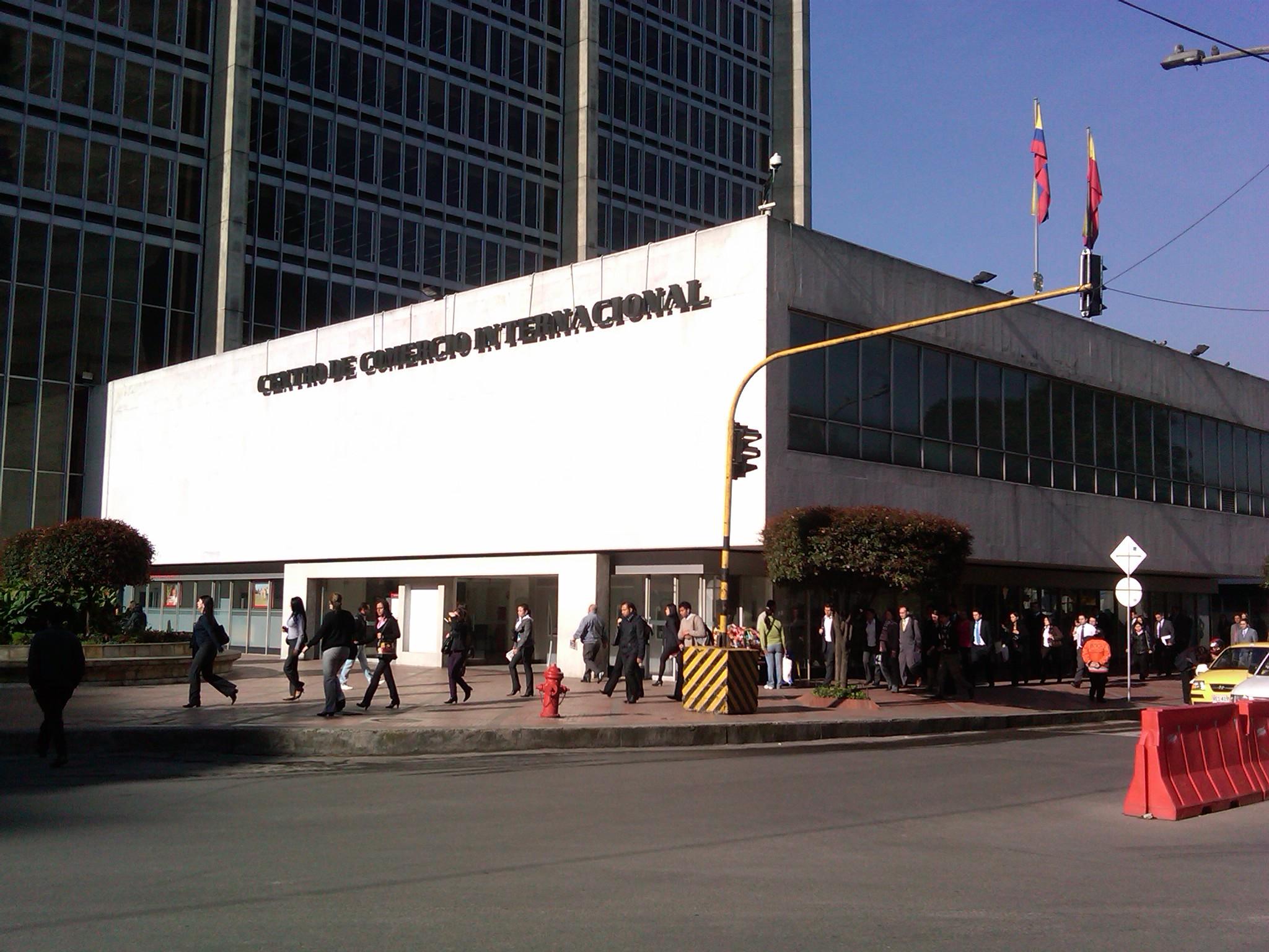 File centro de comercio for Comercio exteriro