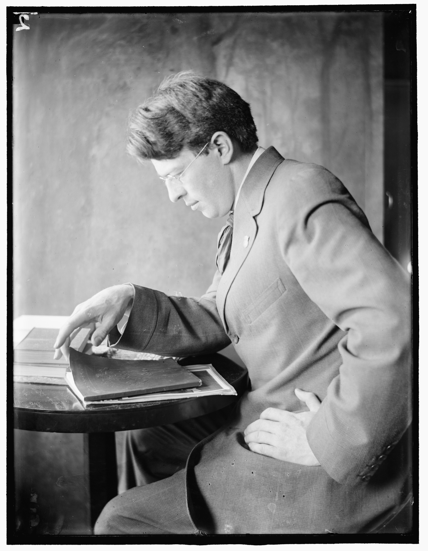 Clarence H. White, c1910. Portrait by [[Gertrude Käsebier]]