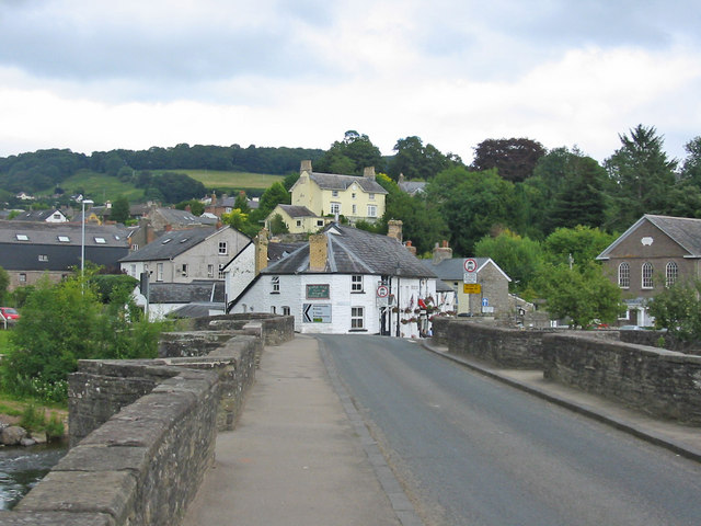 Crickhowell Bridge - geograph.org.uk - 521487