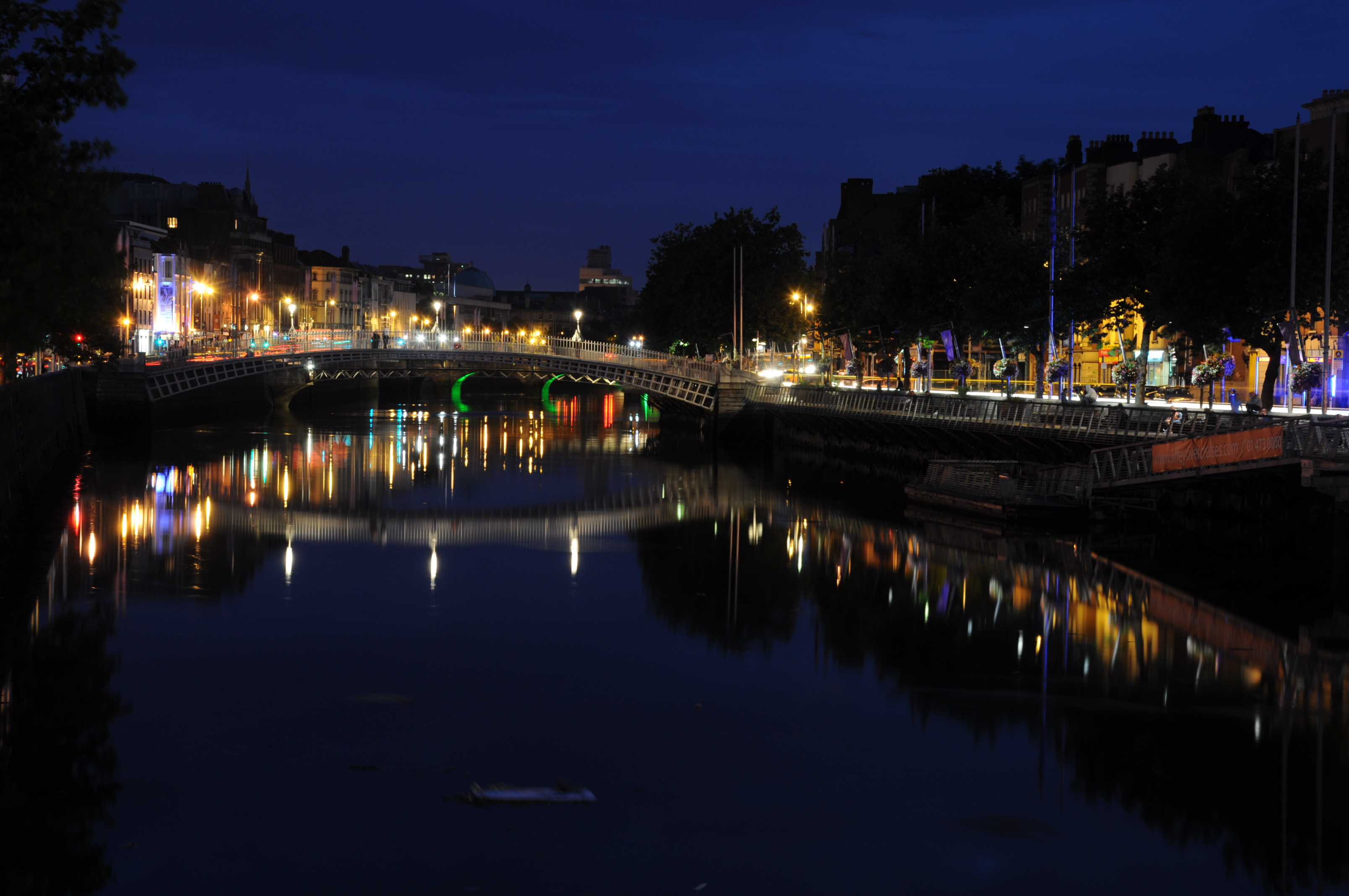 Datei:Dublin Night 2013.JPG – Wikipedia