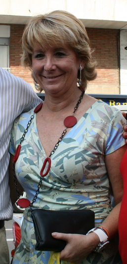 Esperanza Aguirre en Ripollet %28octubre de 2007%29
