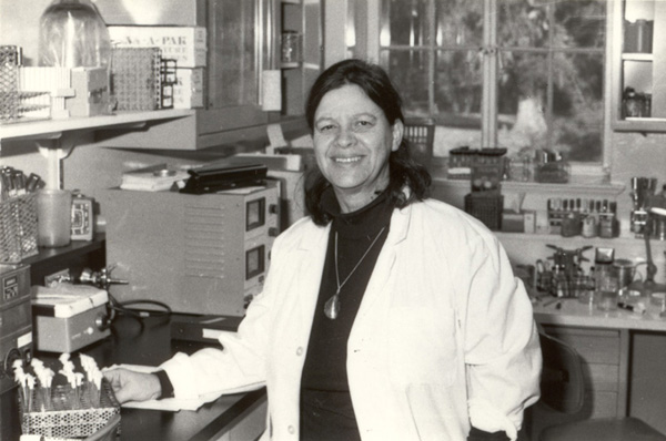 File:Esther Lab.jpg