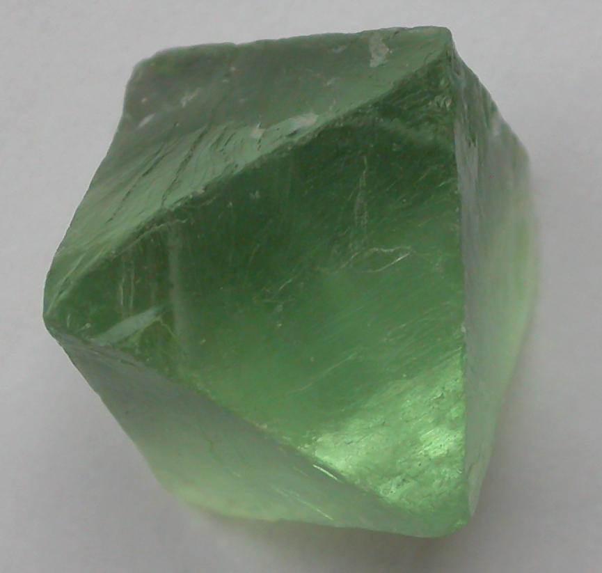 File:Fluorite-green-Oktaeder.jpg - Wikimedia Commons