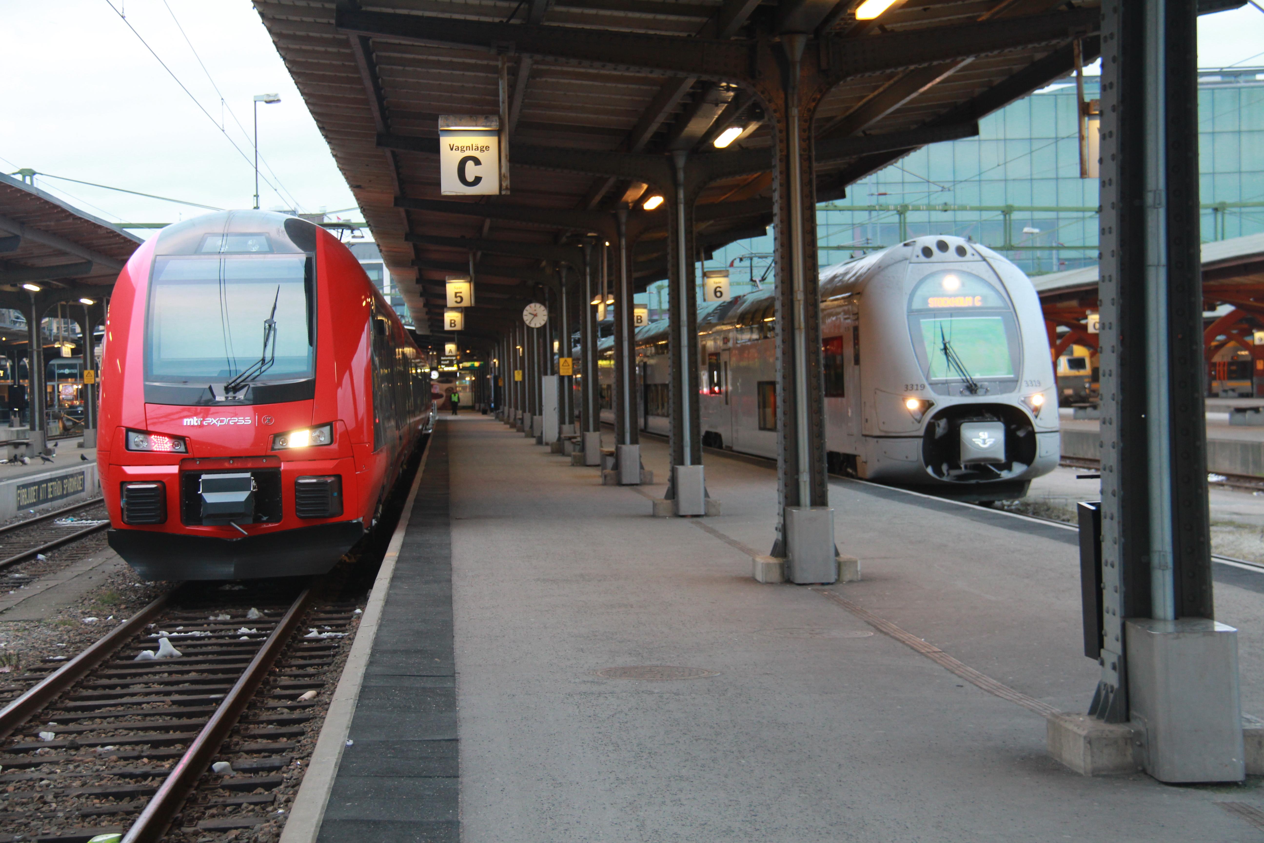 avgående tåg stockholm