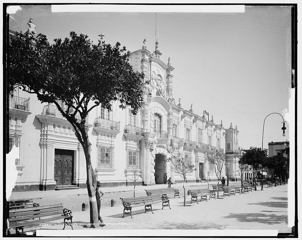 File governor 39 s palace guadalajara in the late 19th for Calle el jardin