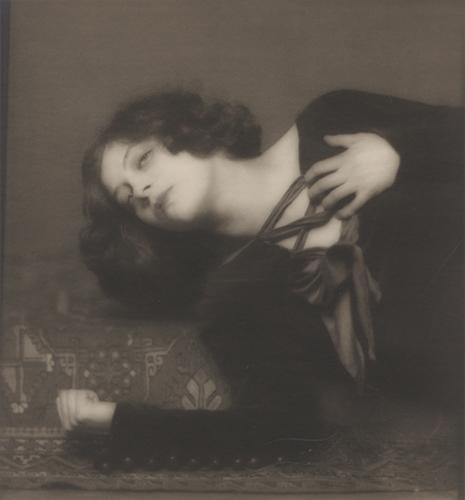 File:Greta Garbo Henry B Goodwin.jpg